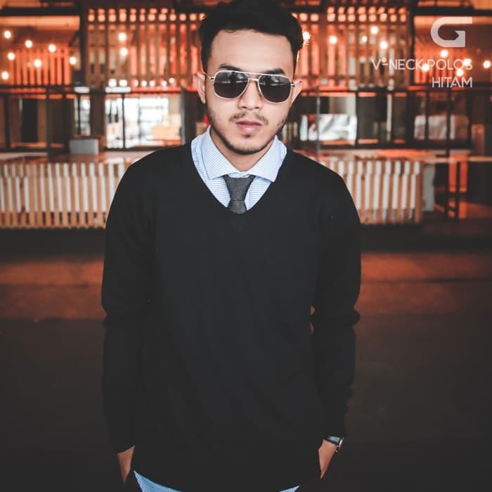 jual Sweater Rajut Pria Gomuda - V-Neck Polos Hitam - Hitam, XL