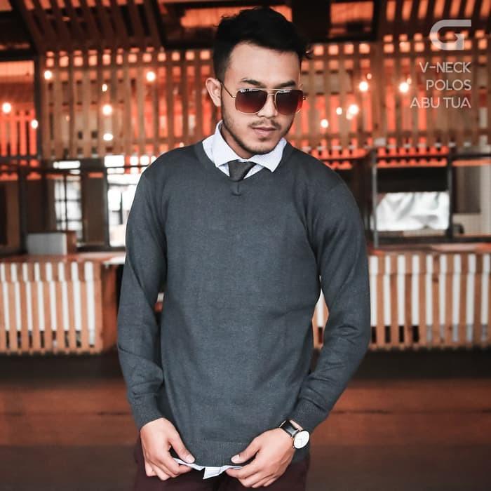 jual Sweater Rajut Pria Gomuda - V-Neck Polos Abu Tua - Abu Tua, XXL