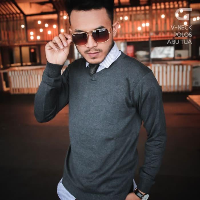 jual V-Neck Knit Sweater - Abu Tua, S