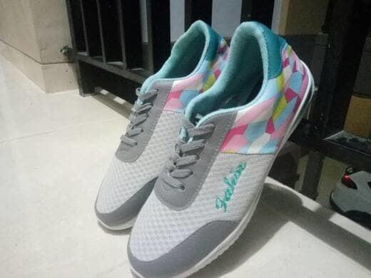 jual Sepatu Wanita Kets Casual SDS230 Abu-Tosca