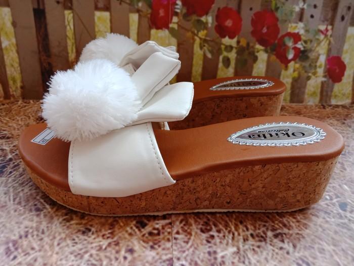 jual Sandal Wedges Wanita Ashalina SDW270 Putih