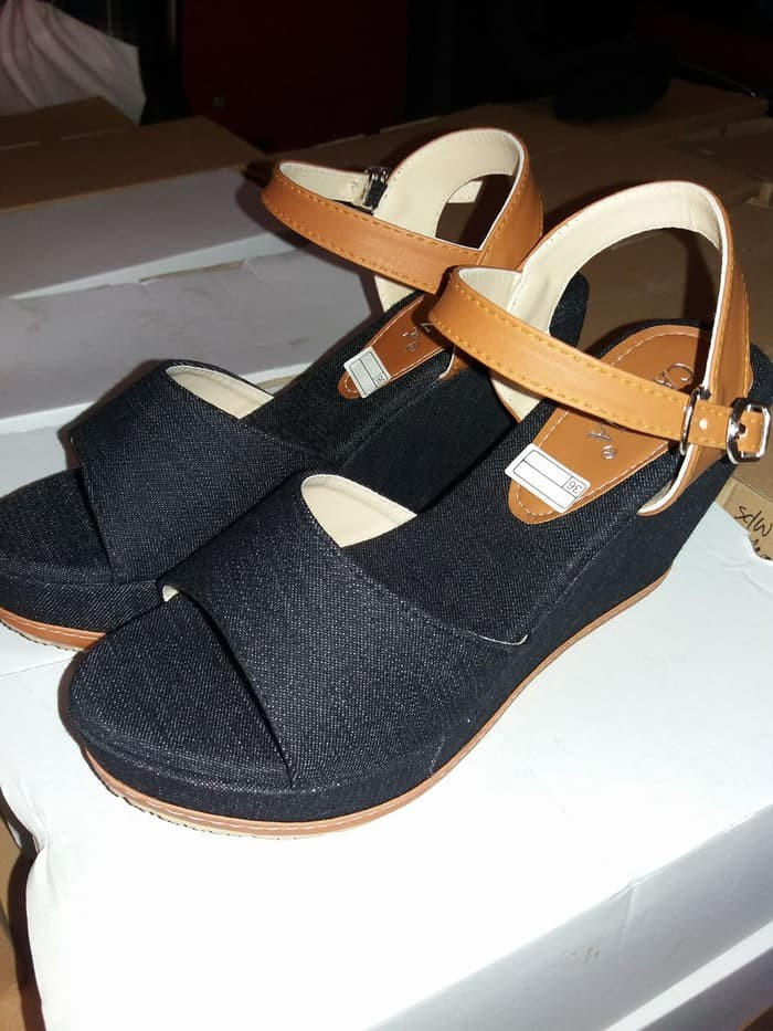 jual Wedges Wanita / Sandal Sepatu Wedges Jeans