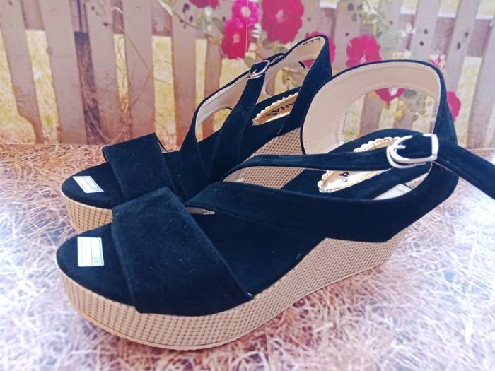 jual Wedges Wanita / Sandal Sepatu Wedges SDW51