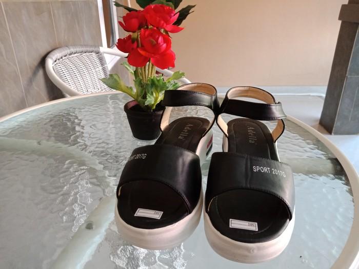 jual Sandal Wedges Wanita Myesha SDW281 Hitam