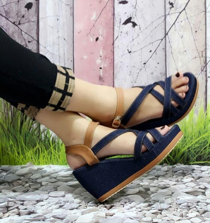 jual Sandal Wedges Wanita Jeans Tali SDW63