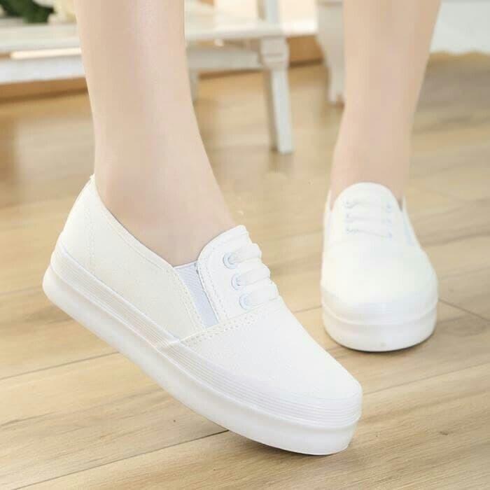 jual Sepatu Wanita Kets Slip On SDS142 - Putih, 37