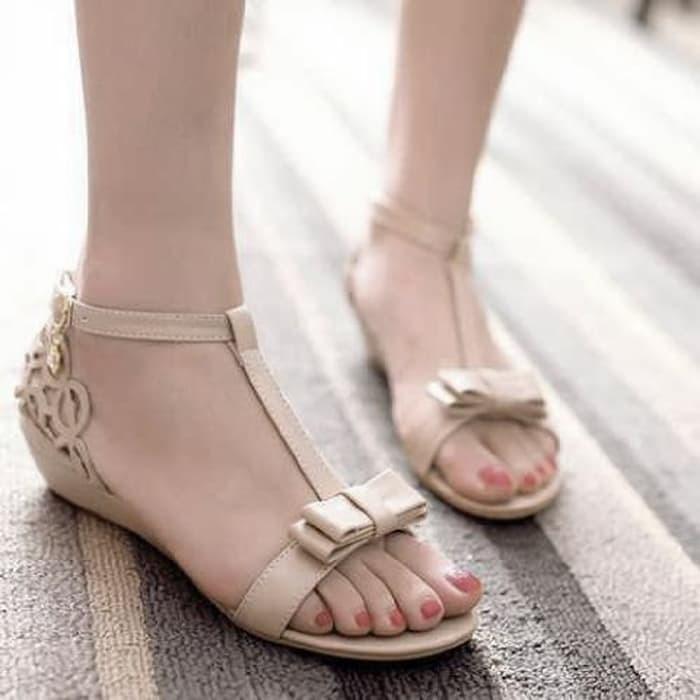 jual Sandal Wanita Flat Laser Cream SDL57