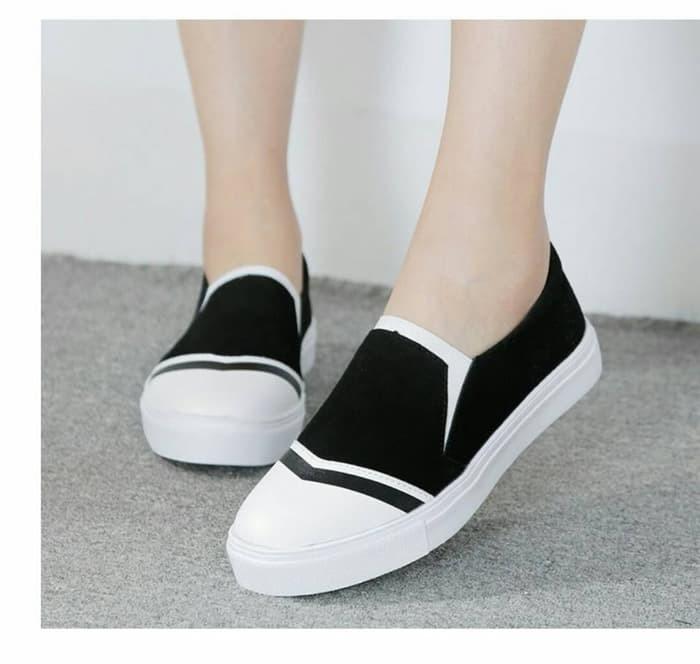 jual Sepatu Wanita Kets Slip On SDS136 - Hitam, 37