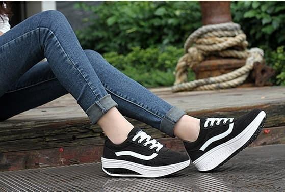 jual Sepatu Wanita Kest Vans SDS110 - Hitam, 38