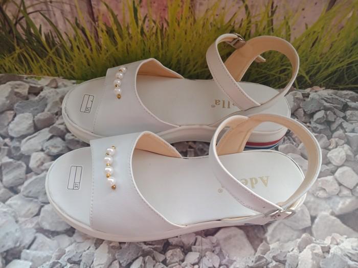 jual Sandal Wedges Wanita Mutiara SDW282 Putih
