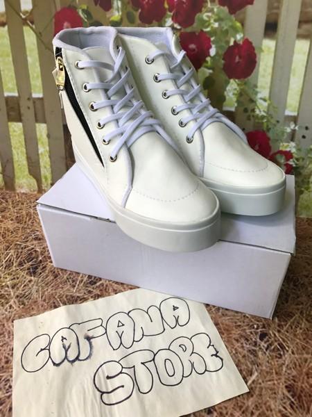 jual Sepatu Boots Wanita Putih Sleting Cesper SBO311