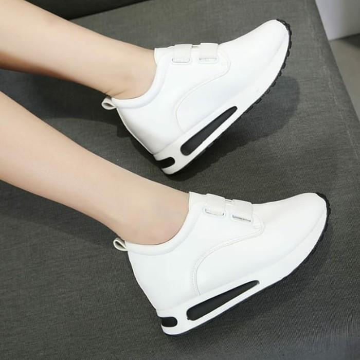 jual Sepatu Wanita Casual Slip On Aneira SDS253 Putih