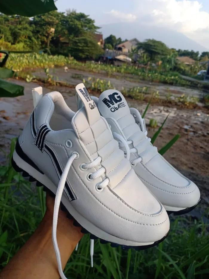 jual Sepatu Wanita Kets Casual SDS257 Putih