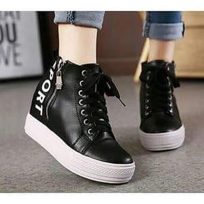 jual Sepatu Wanita Boots Sport SBO334 Hitam