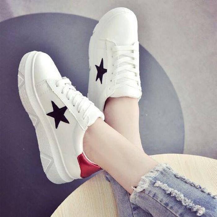 jual Sepatu Sneakers Kets Wanita Bintang SDS170
