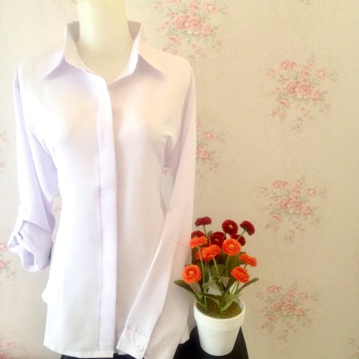 jual Kemeja blus putih polos wanita kancing tutup exclusive