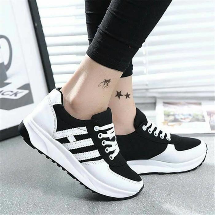 jual Sepatu Wanita Kets Casual Strip  SDS140 - Hitam