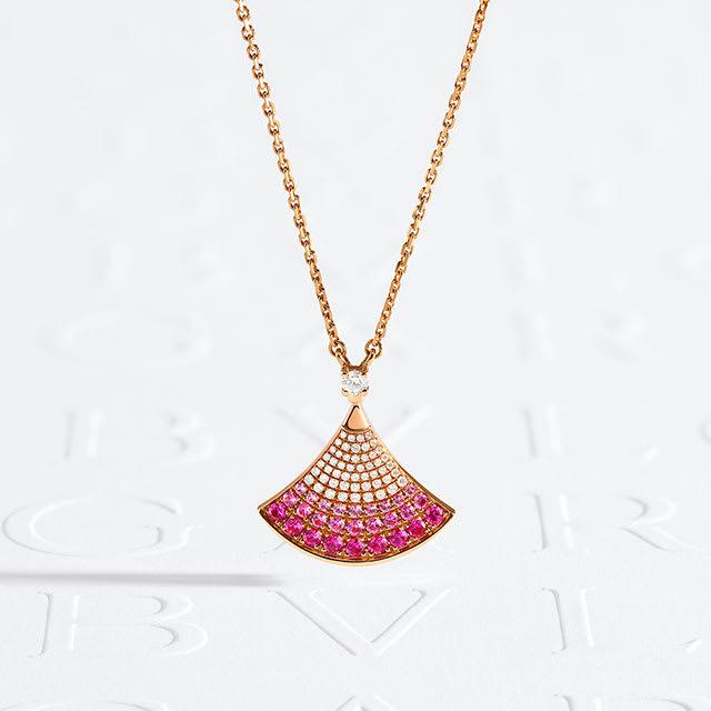 Divas Dream necklace.