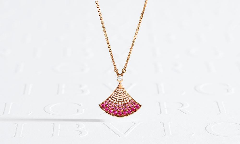 Divas' dream necklaces.