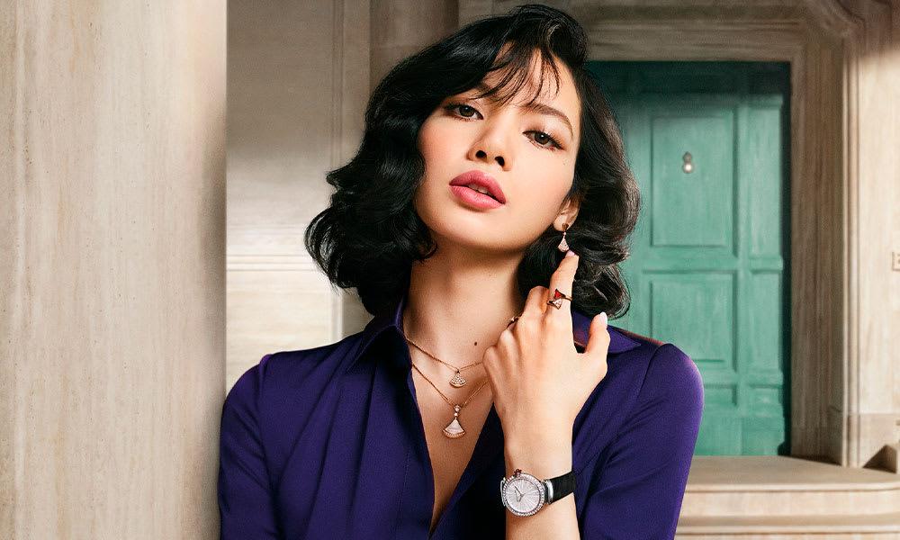 Model wearing Divas' Dream jewels.