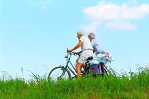 Fahrrad fahren ist gesund und umweltfreundlich - Omas for Future