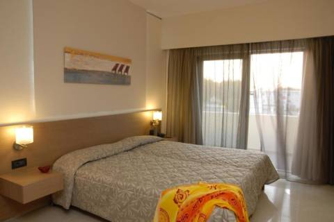 Goedkope meivakantie Kreta - Amalthia Beach Resort