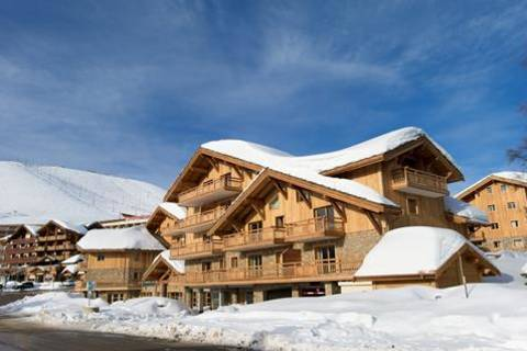 wintersport-alpe-daapos-huez-grand-domaine-residence-cgh-le-cristal-de-laapos-alpe-vertrek-17-april-2021(846)
