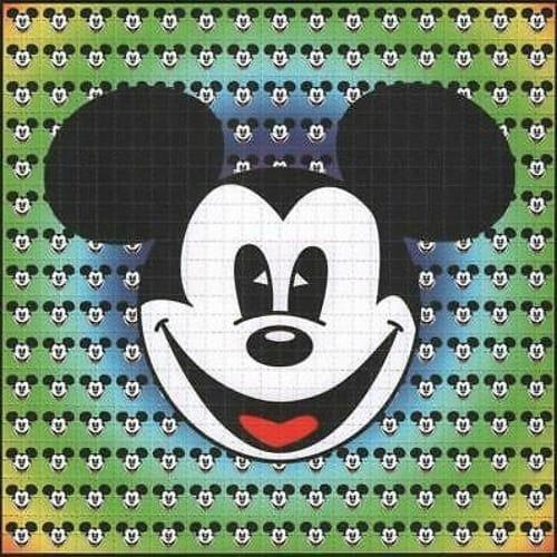 Uma cartela de LSD com rostos do Mickey