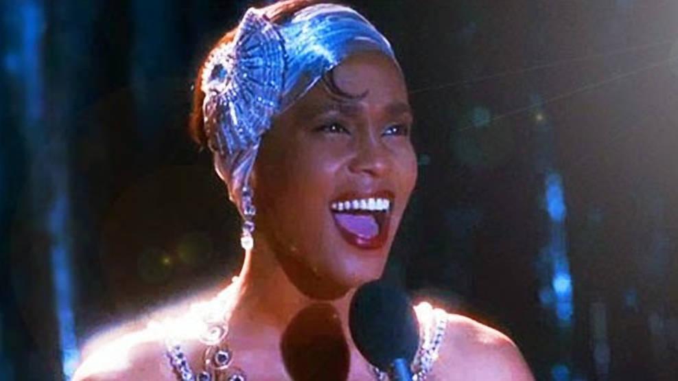 "Whitney Houston cantando ""I Have Nothing"" no filme ""O Guarda-Costas"""