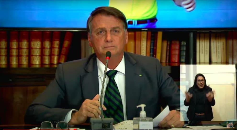 Bolsonaro durante a live.