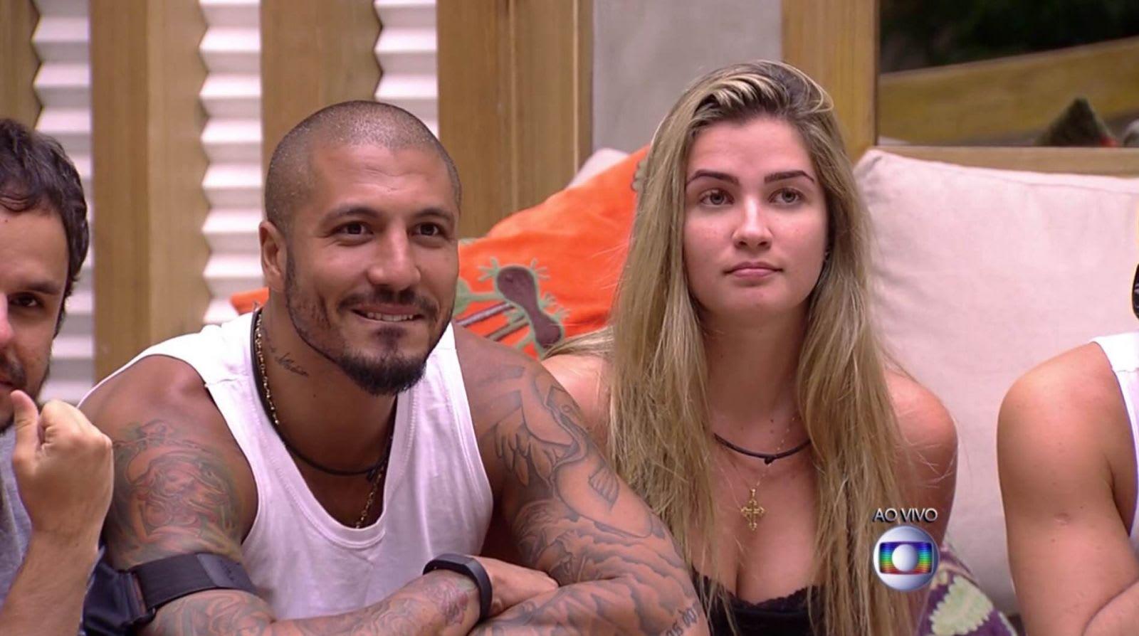 Os ex-BBBs Fernando Medeiros e Aline Gotschalg