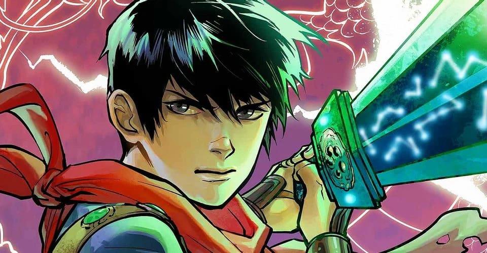 Menino asiático segurando uma espada verde que parece ter constelações encravadas