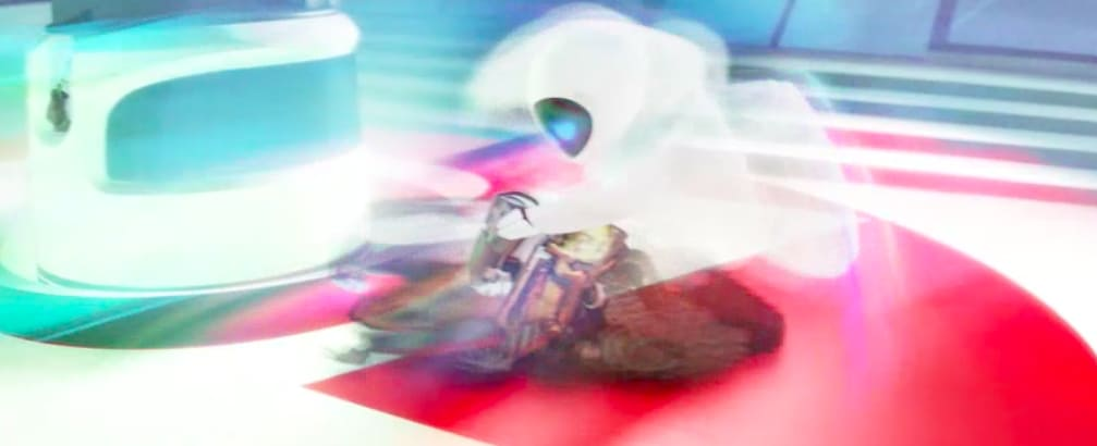 Wall-E e eva no em uma tela borrada