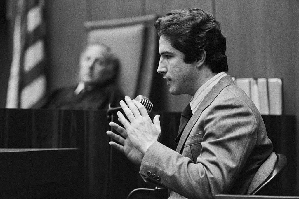 The Hillside Strangler on trial