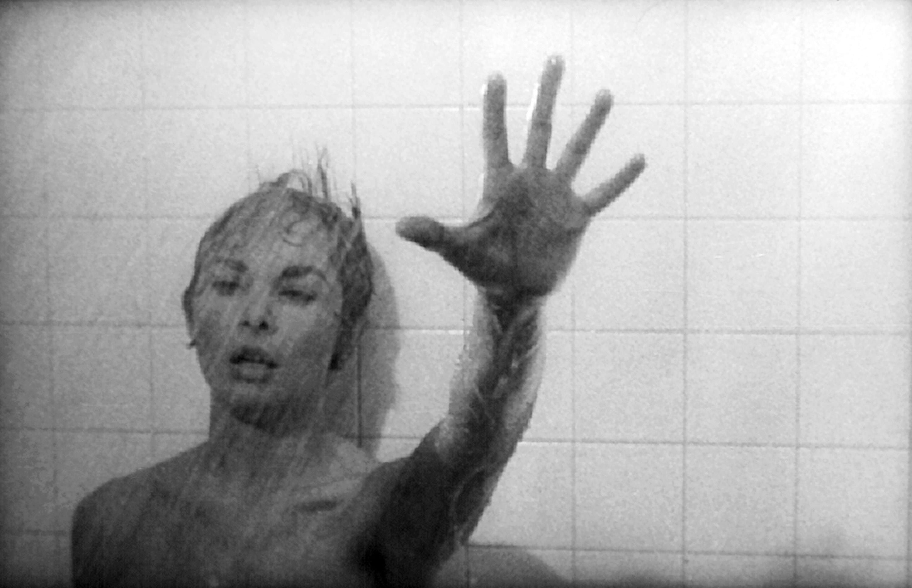 Marion falling in the shower