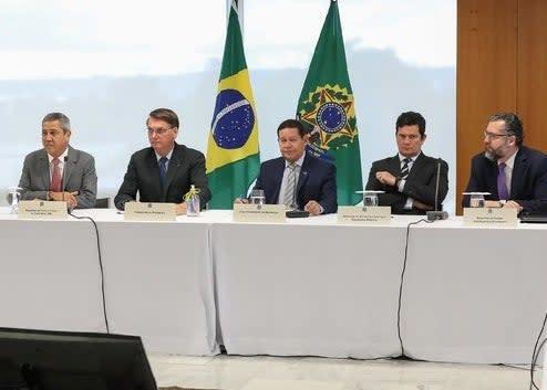 A reunião ministerial de 22 de abril.