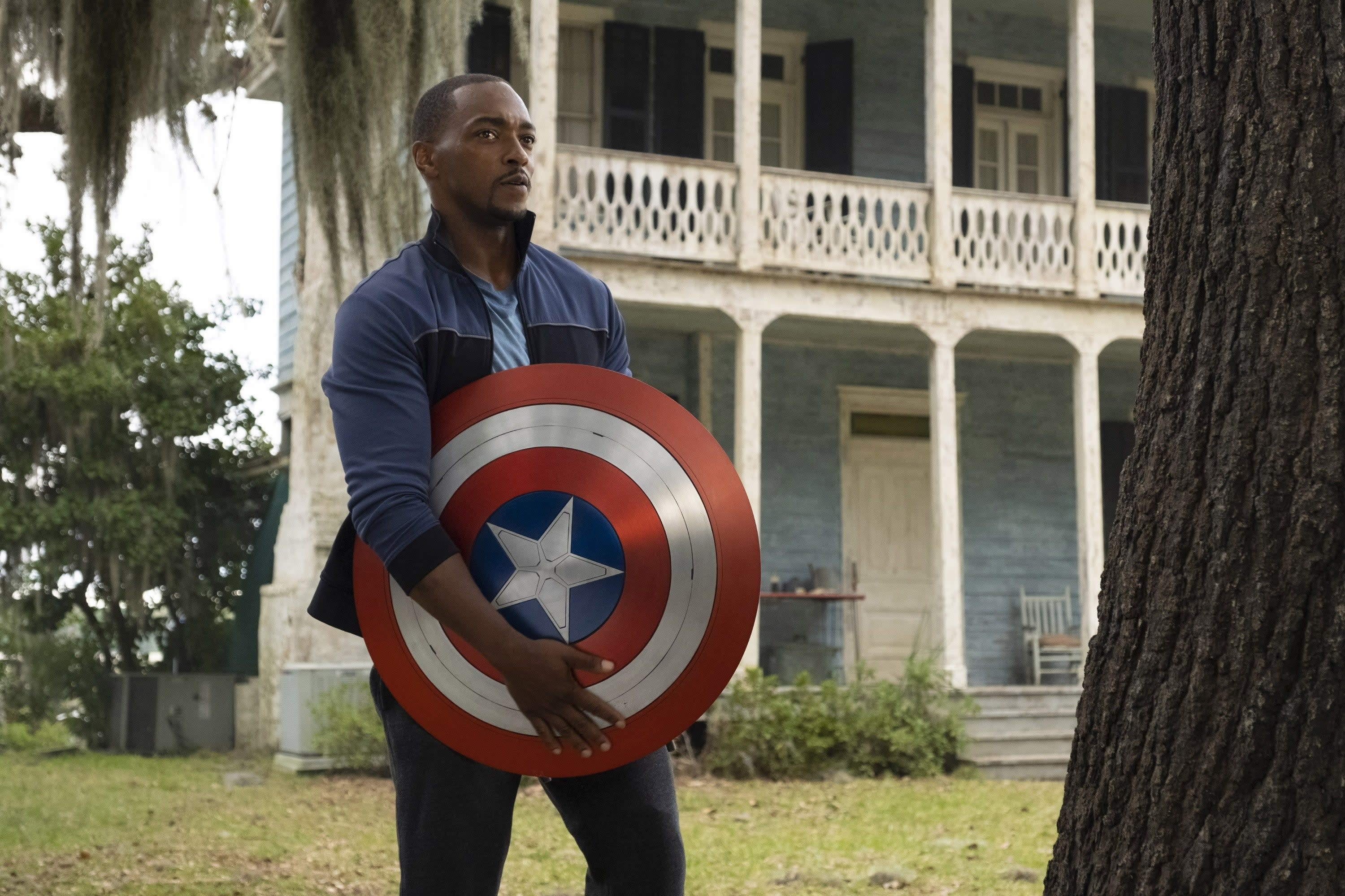"""Anthony Mackie as Sam Wilson in """"Flacon and the Winter Soldier"""""""