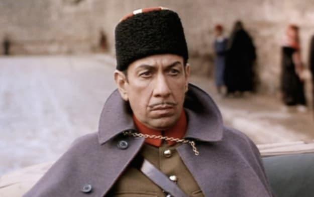 """Um ator caracterizado como um coronel turco em """"Lawrence da Arábia"""""""