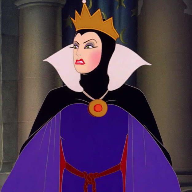 """Imagem da Rainha Má, de """"A Branca de Neve e os Sete Anões"""""""