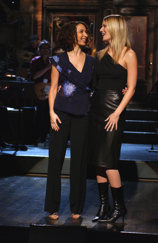 "Maya e Gwyneth se abrançando no ""SNL"""