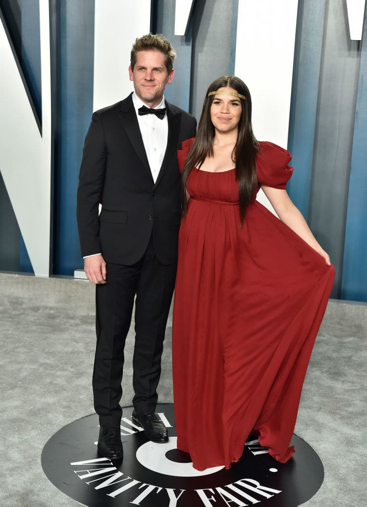 Ferrera and Williams posing at the Vanity Fair party