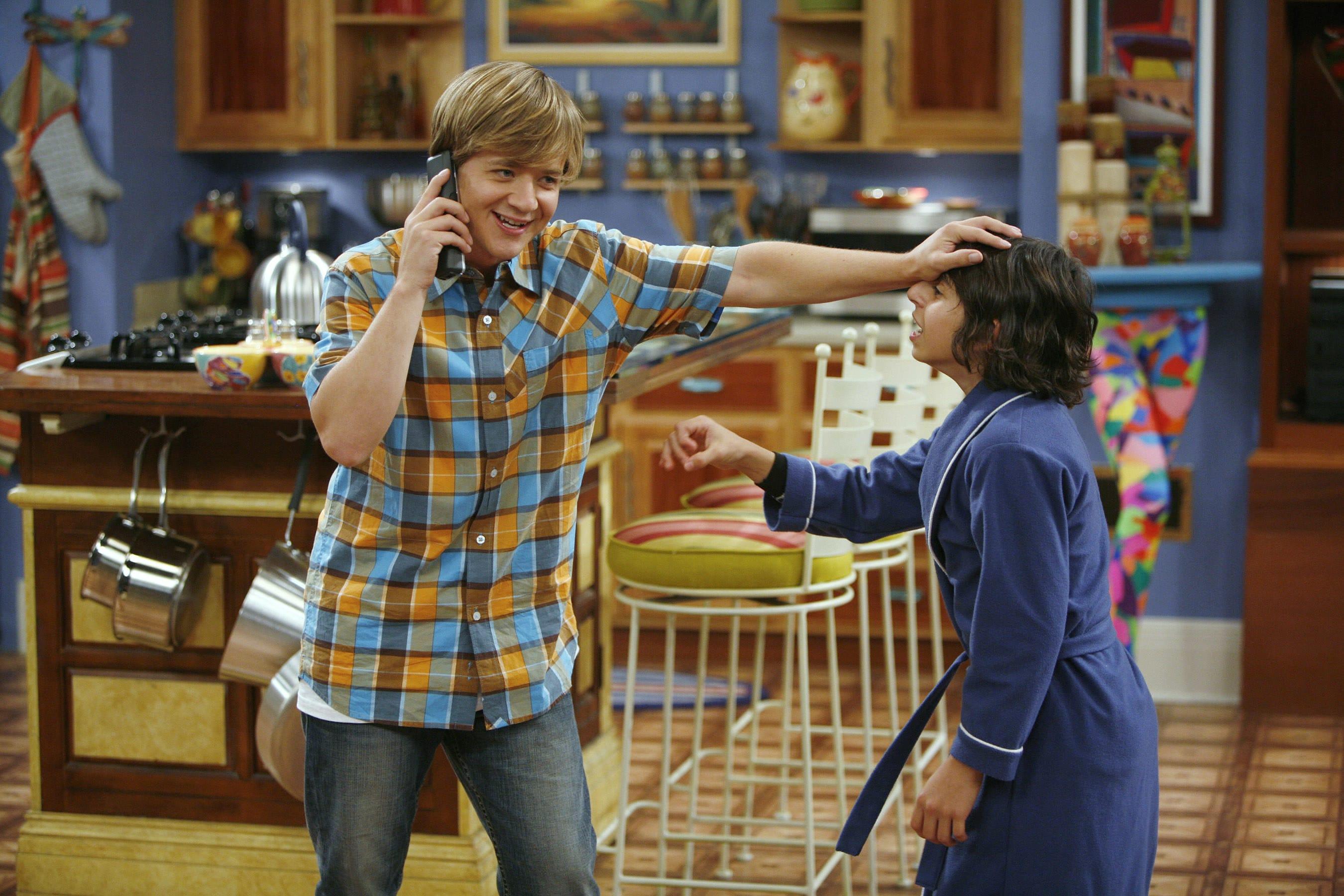 """Jason Earles and Moises Arias on """"Hannah Montana"""""""