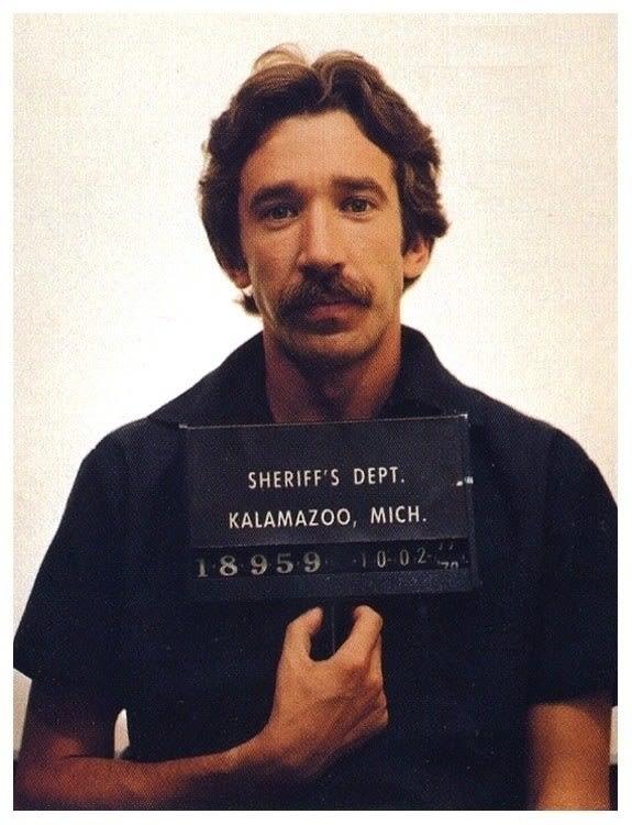 foto de Tim Allen preso