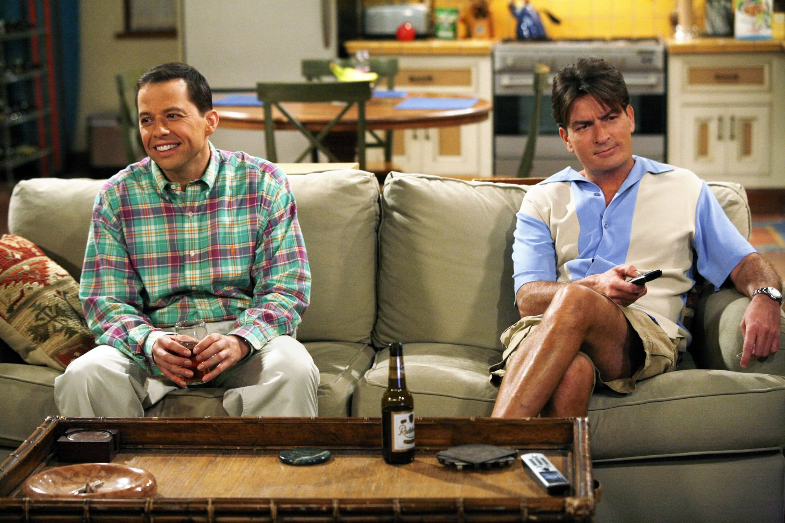 """Jon Cryer and Charlie Sheen in """"Two and a Half Men"""""""