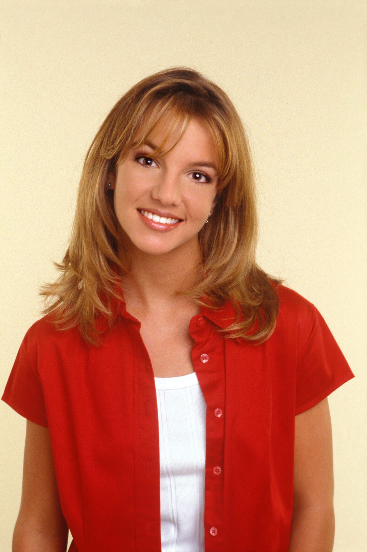 Spears posing for a portrait in 1998 in LA
