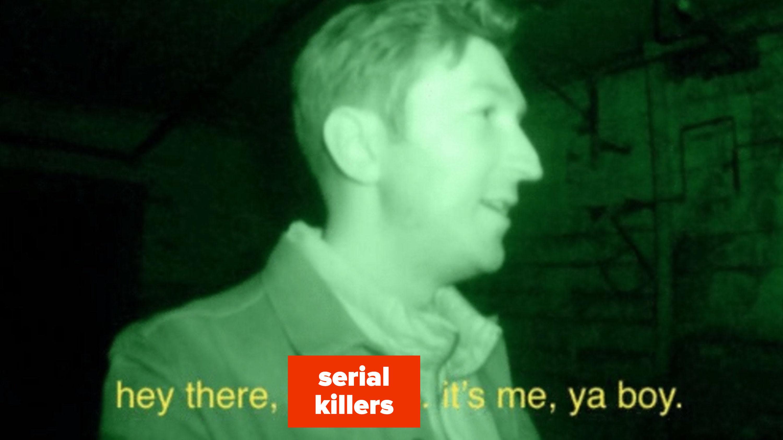 """Shane Madej procurando demônios na série """"Unsolved"""" do BuzzFeed"""