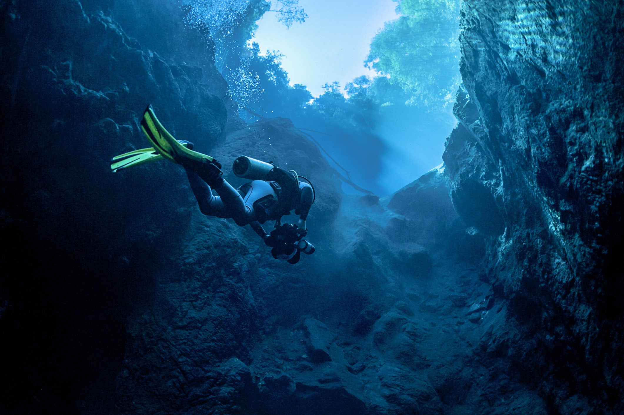 A dive under water