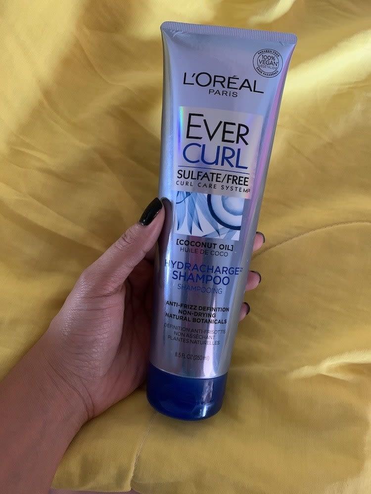 Embalagem do shampoo Ever Curl
