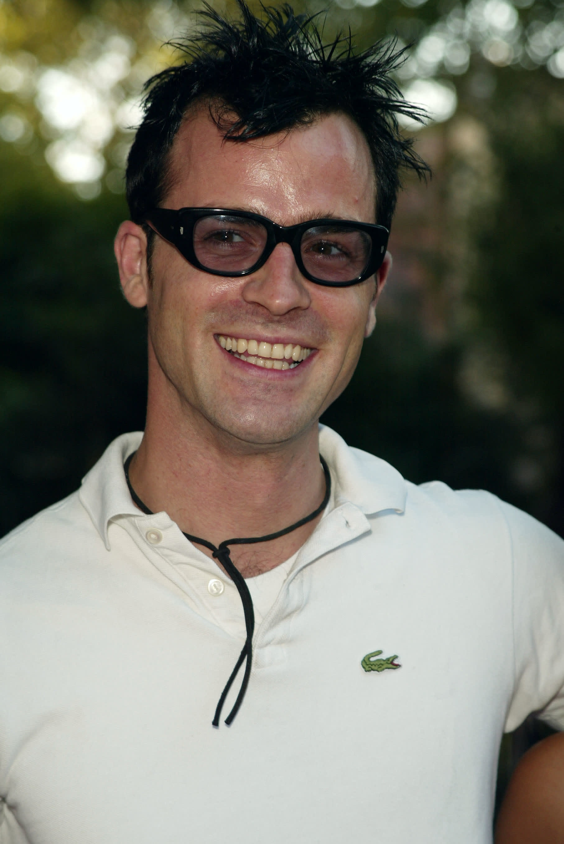 """Theroux at the """"Sex and the City"""" Season 5 premiere in 2002"""