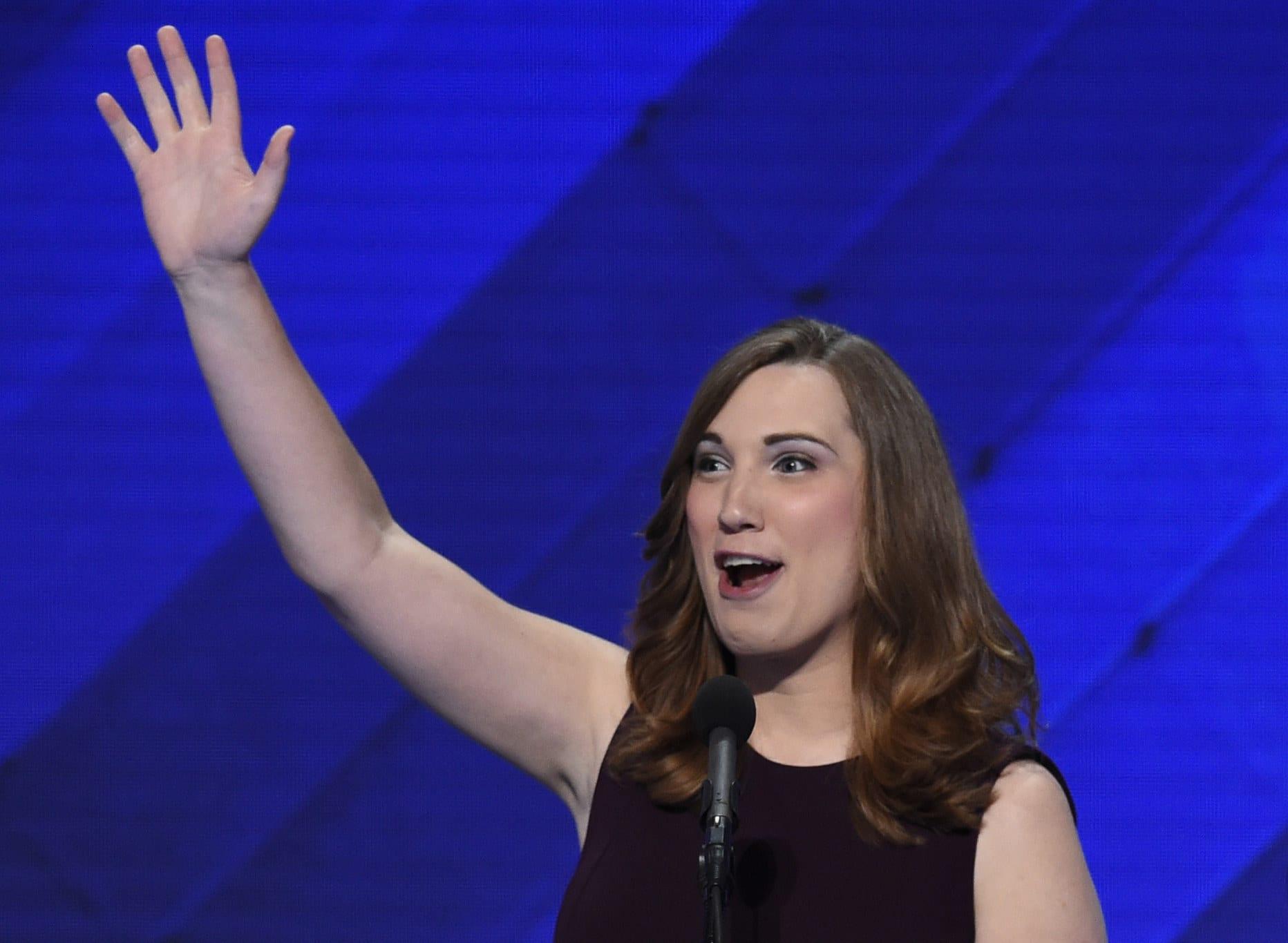 Sarah McBride, na Convenção Nacional Democrata de 2016.